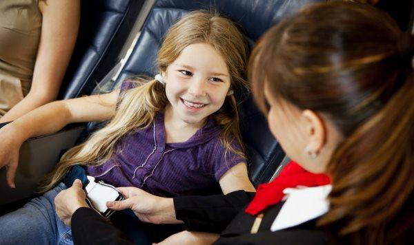 С какого возраста можно летать на самолете?